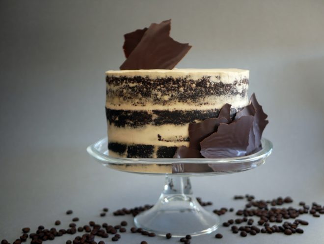 עוגת שוקולד עם קרם מסקרפונה וקפה