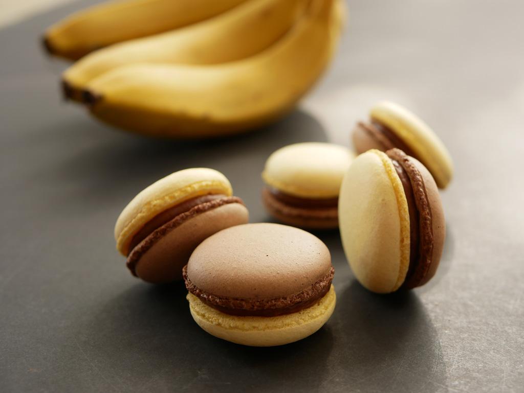 מקרון שוקולד בננה