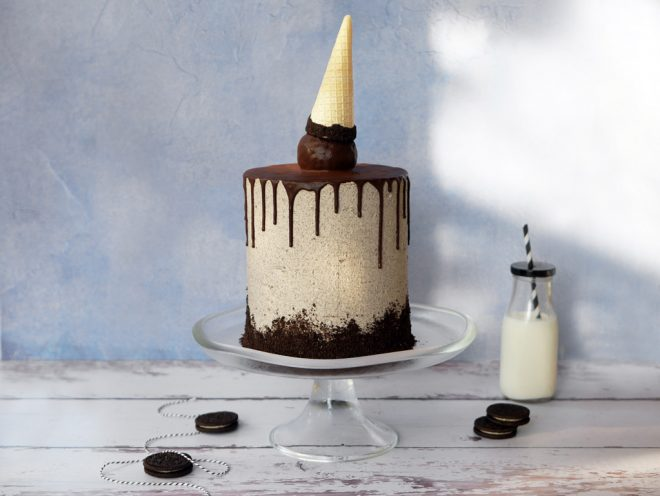 Chocolate Cake with Oreo Buttercream