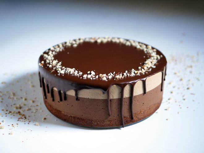 עוגת מוס חמאת בוטנים ושוקולד
