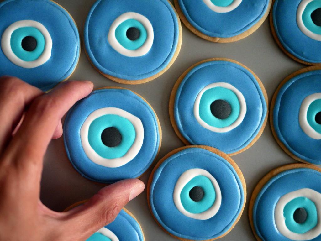 עוגיות נגד עין הרע