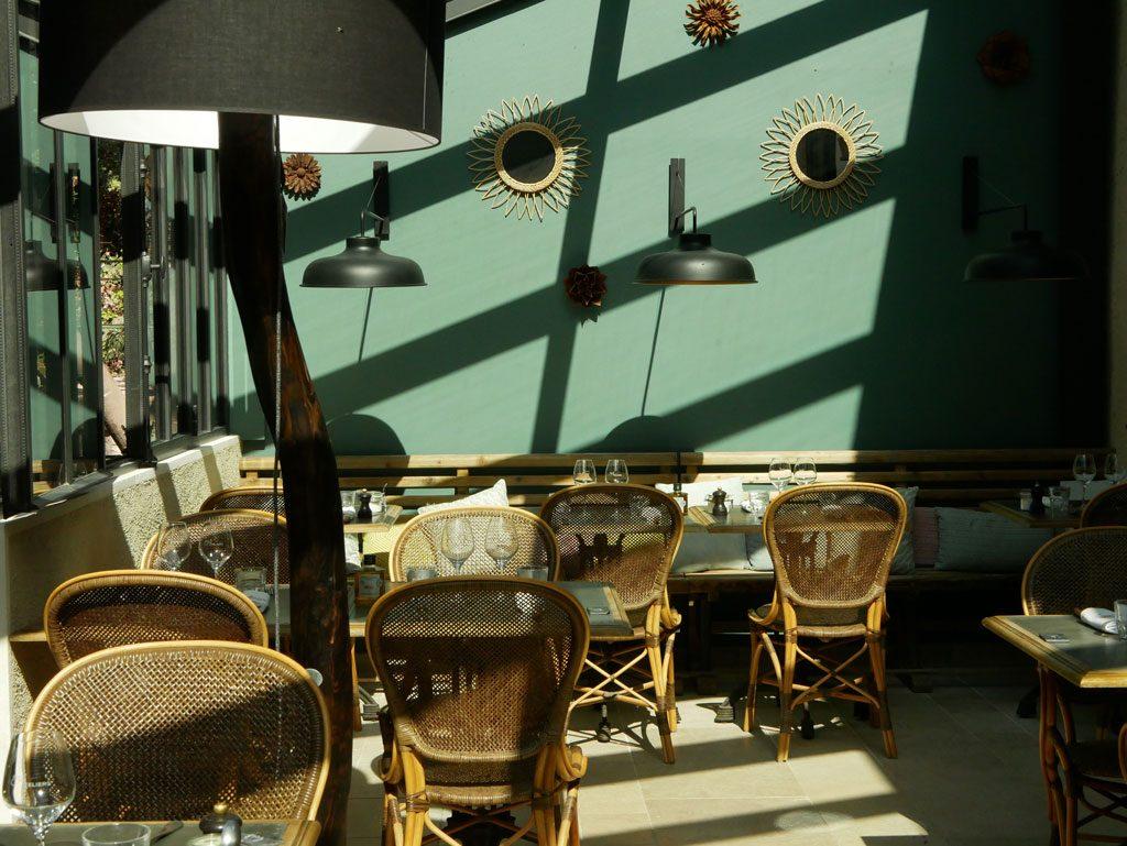 Aux Ateliers Chez Franck et Flo right after baking madeleines