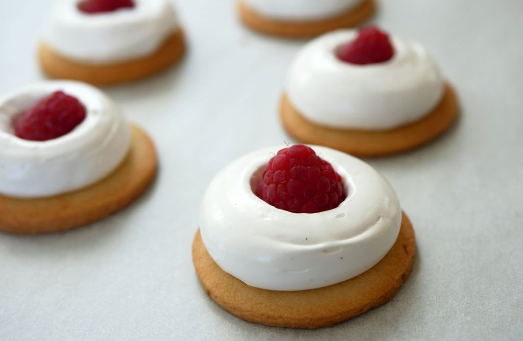 Raspberry in meringue