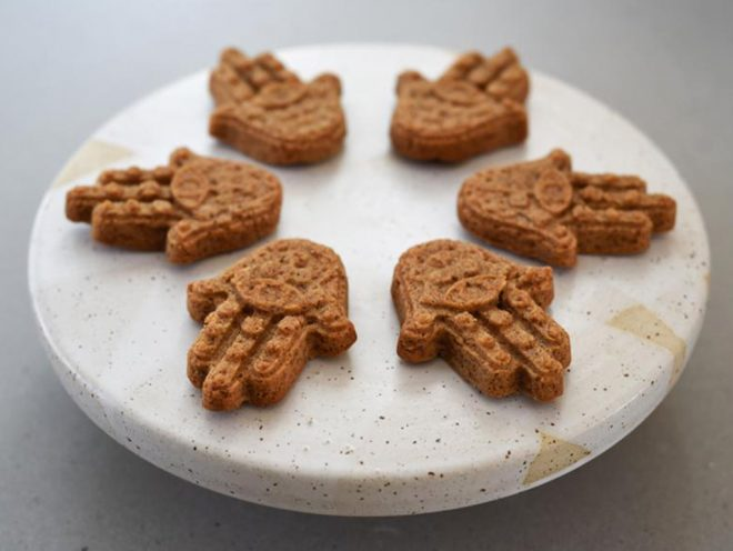 Gingerbread Hamsa Cookies