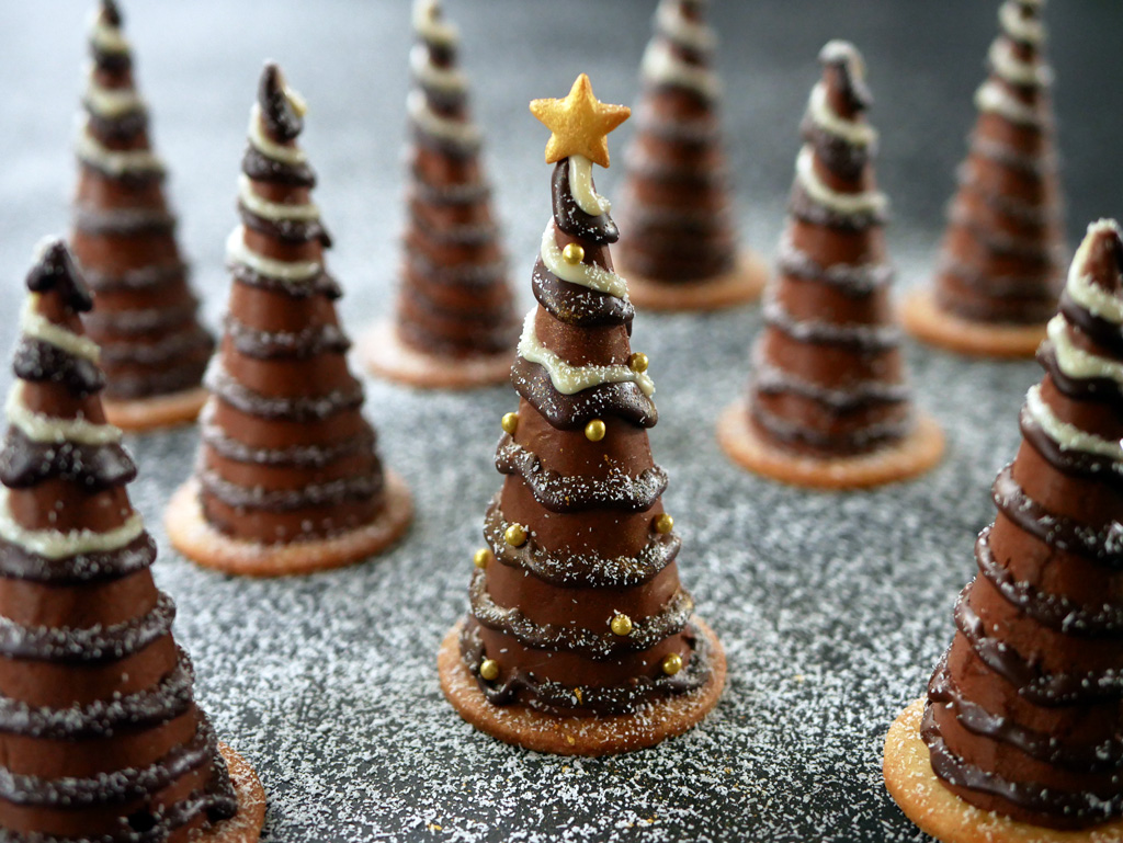 Christmas Tree Chocolate Mousse