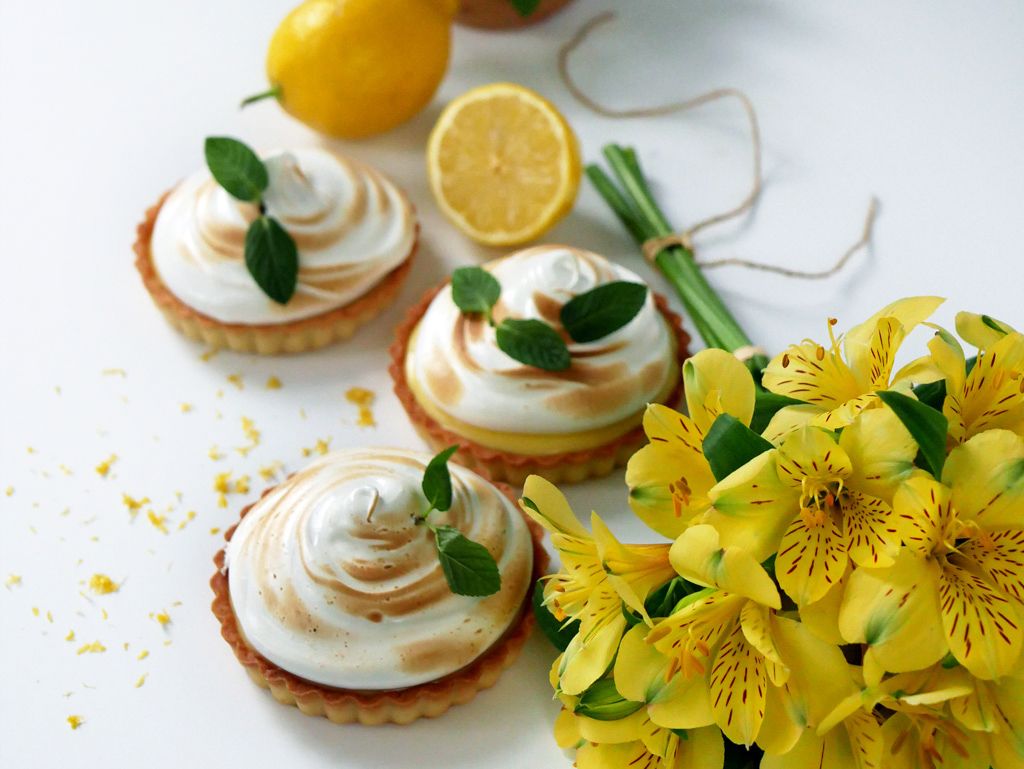 Lemon Mint Meringue Pie