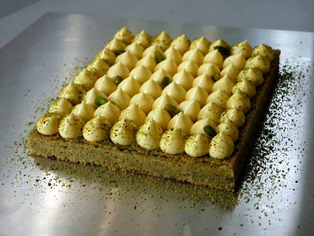 Pistachio Cake with Lemon Cream