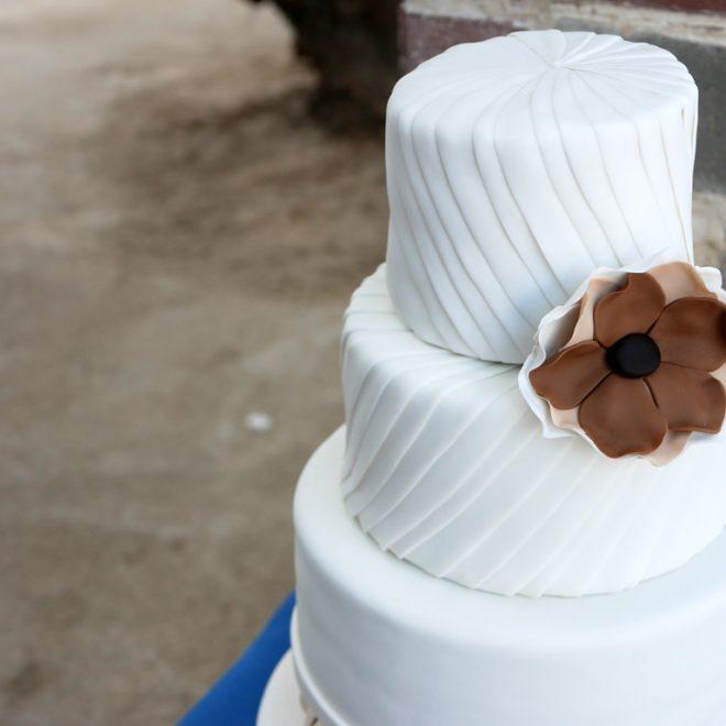 Elisha & Yuval's wedding cake